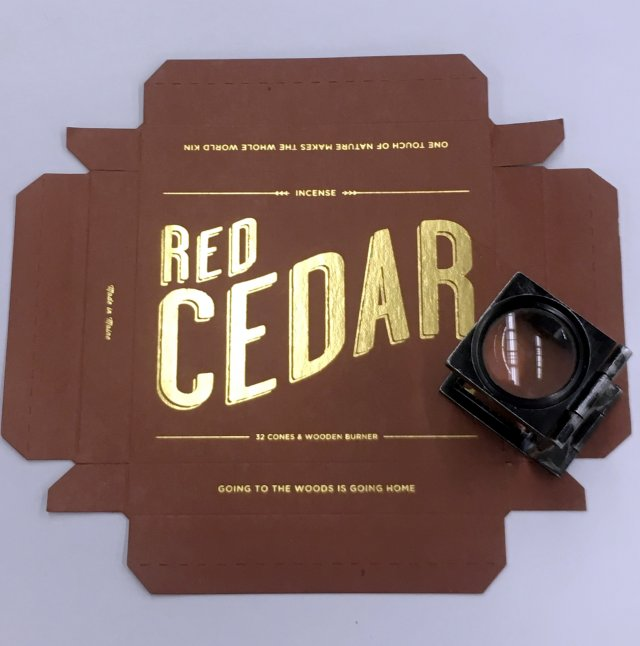 Gold stamped die cut box lid